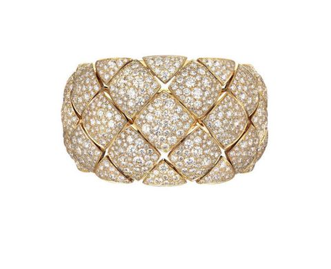 <p>金質鑽石手鐲</p>