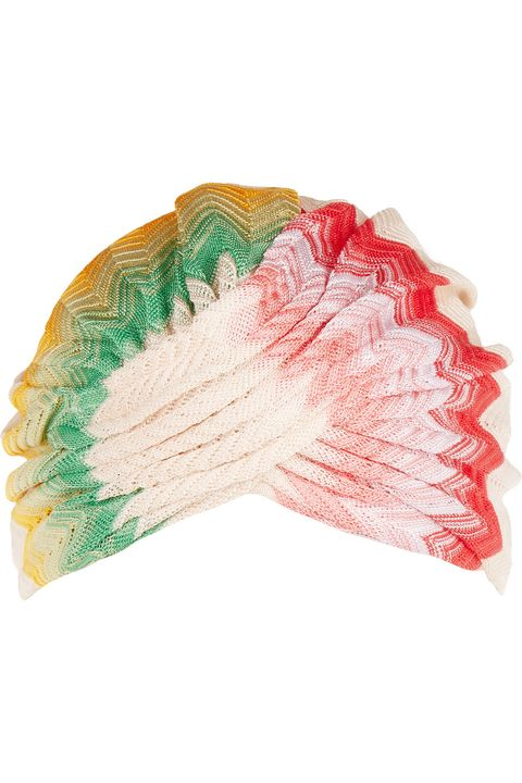 <p>針織頭巾,約NT6,650,Missoni at Net-A-Porter。</p>