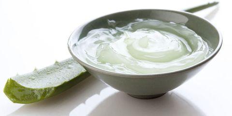 Fluid, Liquid, Serveware, Ingredient, Dishware, Mixing bowl, Ceramic, Bowl, Ice, Cucumis,