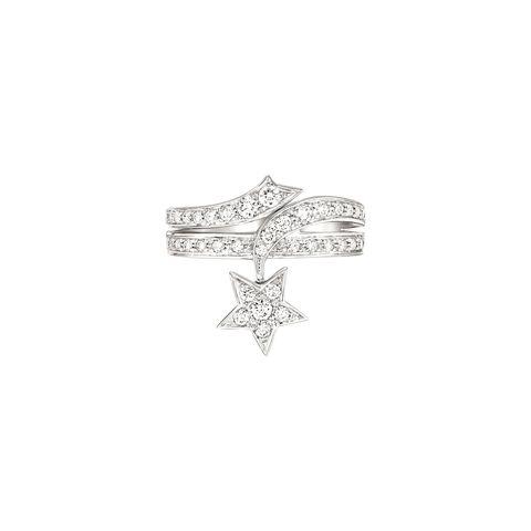 <p>彗星鑽石戒指。</p>