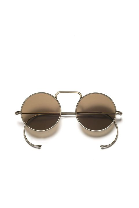 <p>圓形太陽眼鏡,NT12,000,Loewe。</p>