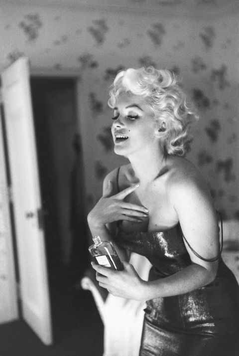 Photograph, Style, Dress, Door, Chest, Monochrome photography, Blond, Black-and-white, Lipstick, Strapless dress,
