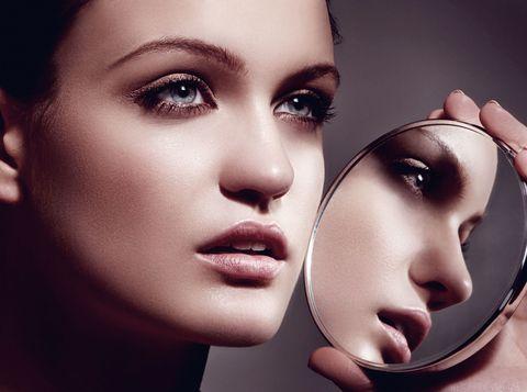 Lip, Cheek, Brown, Skin, Chin, Forehead, Eyebrow, Eyelash, Eye shadow, Style,