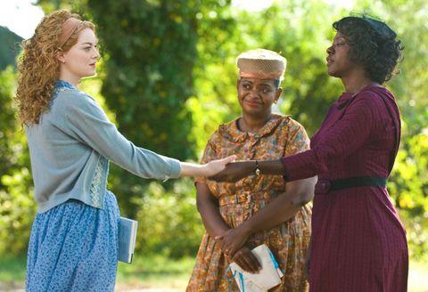 <p>榮獲多項大獎的《姊妹》由同名小說改編,訴說六〇年代的種族歧視問題,她率真細膩的詮釋讓Skeeter這個角色在大螢幕完整呈現,與Viola Davis所飾演的女傭Aibileen發展出跨越階級的動人情誼。</p>