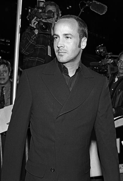 Coat, Collar, Outerwear, Suit, Dress shirt, Style, Formal wear, Blazer, Monochrome, Button,