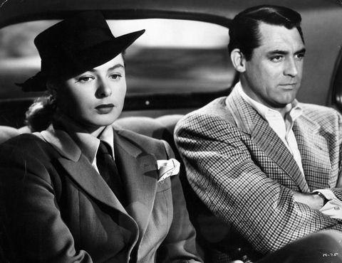 <p>電影《美人計Notorious》是著名導演Hitchcock的代表作之一,也是他與Edith Head的首部合作電影;劇中女間諜Ingrid Bergman 的經典西裝造型讓人印象深刻,成了往後諜戰電影的造型參考範本。</p>  <p>電影《美人計Notorious》,1946。</p>