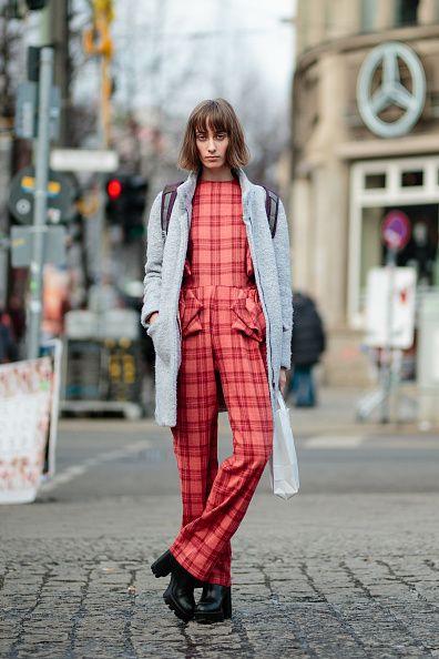 Textile, Outerwear, Street, Coat, Plaid, Style, Street fashion, Collar, Pattern, Fashion,
