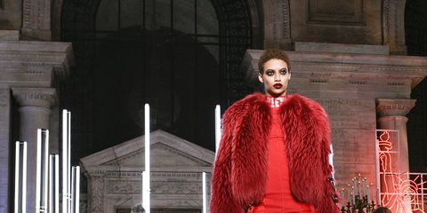 Stage, Fashion, Arch, heater, Performance art, Costume design, Fashion design, Acting, Haute couture, Opera,