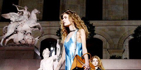 Fashion, Street fashion, Stage, Costume design, Performance art, Fashion design, heater, Fashion model, Boot, Musical theatre,