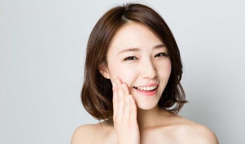 Face, Hair, Skin, Chin, Facial expression, Beauty, Lip, Cheek, Forehead, Hairstyle,