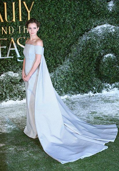 Clothing, Dress, Shoulder, Textile, Formal wear, Style, Gown, Wedding dress, Bridal clothing, Fashion model,