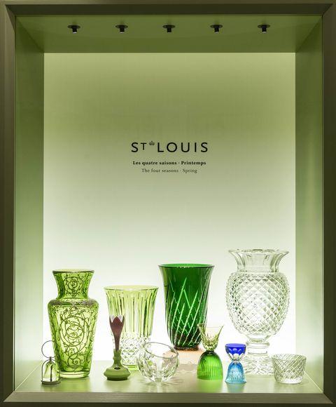 Serveware, Drinkware, Green, Dishware, Tableware, Glass, Artifact, Still life photography, Pottery, Ceramic,