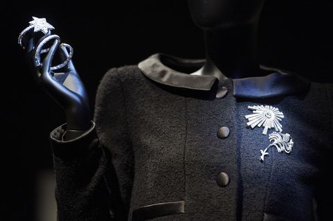 Fashion, Outerwear, Suit, Formal wear, Darkness, Style,