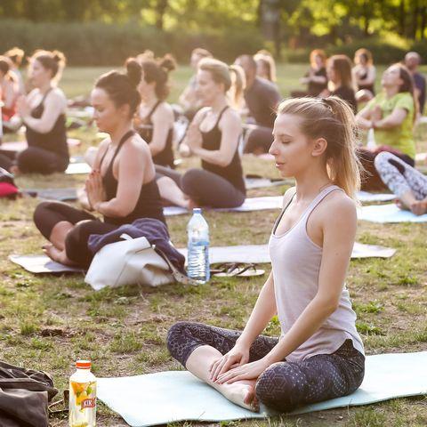 Sitting, Shoe, Bottle, Summer, People in nature, Plastic bottle, Youth, Water bottle, Knee, Spring,