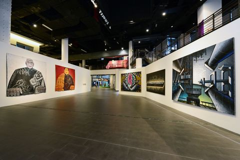 Art gallery, Art exhibition, Exhibition, Tourist attraction, Museum, Art, Building, Visual arts, Modern art, Collection,