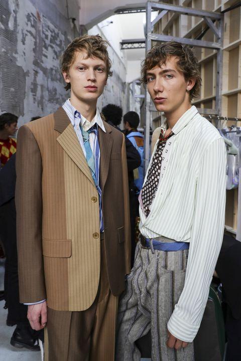 Dress shirt, Collar, Trousers, Coat, Suit trousers, Shirt, Outerwear, Formal wear, Style, Blazer,