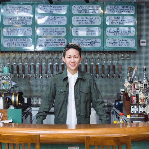 <p>從小生長在香港的背景加上曾到海外留學的經驗,讓May Chow的作品能同時兼具中西方不同的特色,被視為是「為傳統料理帶來嶄新觀點」的新一代亞洲餐廳經營者。</p>