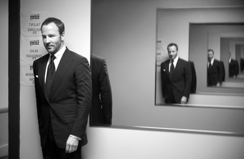 Photograph, Suit, Formal wear, Black-and-white, White-collar worker, Event, Photography, Businessperson, Room, Monochrome photography,