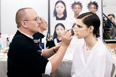new products cfc18 d8c1d 2018SS高訂周】Dior跳脫現實的妝容藝術