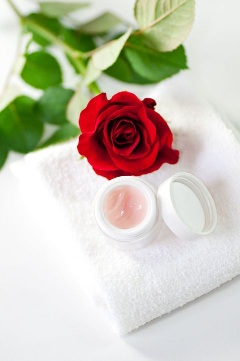 Petal, Flower, Red, Flowering plant, Cut flowers, Rose family, Garden roses, Carmine, Rose order, Hybrid tea rose,