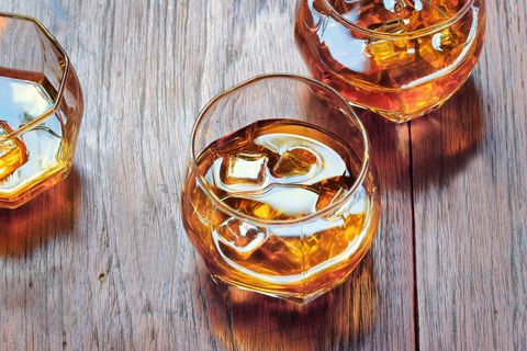 Drink, Alcoholic beverage, Distilled beverage, Cocktail, Liqueur, Rusty nail, Old fashioned, Whisky, Food, Amaretto,