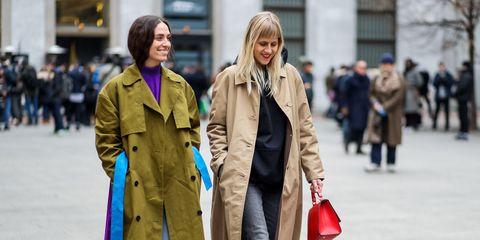 Street fashion, Clothing, Fashion, Coat, Snapshot, Trench coat, Outerwear, Street, Standing, Human,