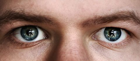 worst things to do to your eyes
