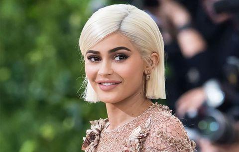 Kylie Jenner confirms pregnancy