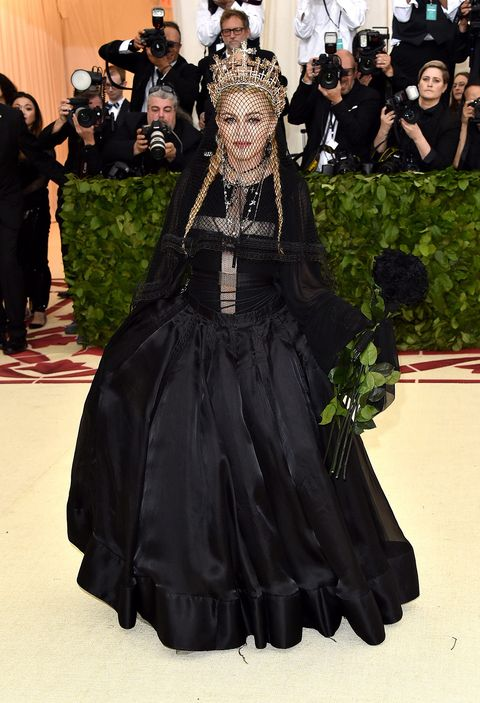 Fashion, Dress, Victorian fashion, Gown, Outerwear, Haute couture, Gothic fashion, Costume design, Event, Costume,