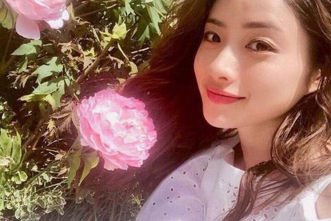Pink, Beauty, Skin, Nose, Lip, Selfie, Flower, Photography, Smile, Plant,