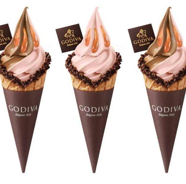 godiva全新口味「紫薯紅豆霜淇淋」!柔順黑白巧克力搭配香甜紅豆、紫薯,夢幻粉色奶昔也要喝