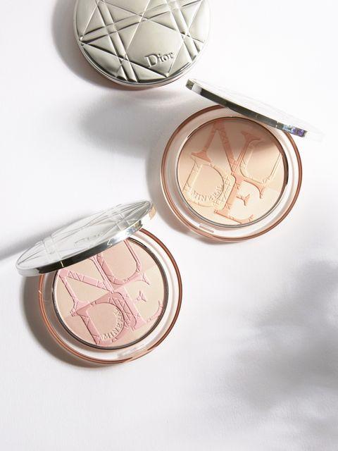 Pink, Product, Peach, Skin, Beauty, Eye, Eye shadow, Face powder, Metal, Copper,