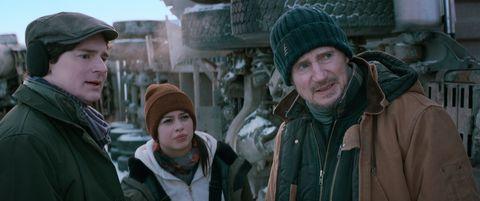 暑假強檔動作片《疾凍救援》預告釋出!連恩尼遜霸氣駕車穿越易碎冰層、救援崩塌礦坑