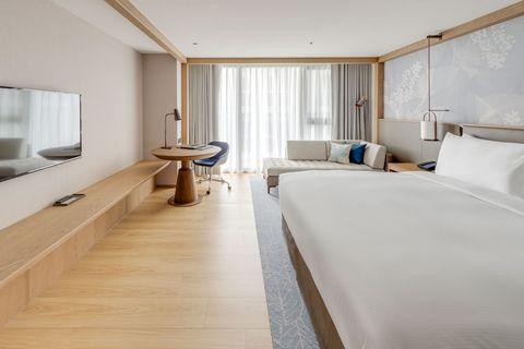台北中山九昱希爾頓逸林酒店  兩週年推出 倚老賣老住房優惠