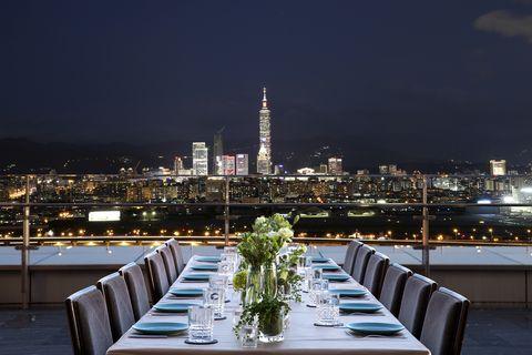 比振興券更優惠!台北五星級飯店推出萬元超值「日式露天風呂+頂級鍋物」二泊四食方案