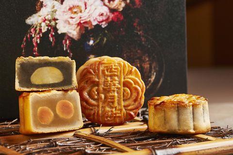 台北西華飯店純手工廣式月餅禮盒