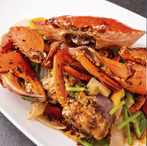 台北萬豪酒店一次就能品嘗紅蟳、處女蟳、大沙公!同步推出秋季必吃「龍鮑蟹」頂級饗宴