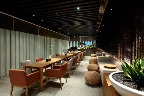 台南晶英酒店推出地表最高酒飲「伏魔塔108SHOT」、「三十六計調酒SHOT盤」
