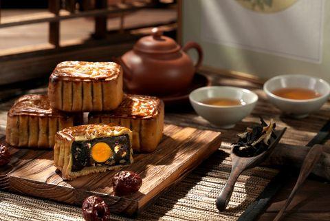 全台10家高級飯店「經典月餅、蛋黃酥」等中秋送禮一次盤點