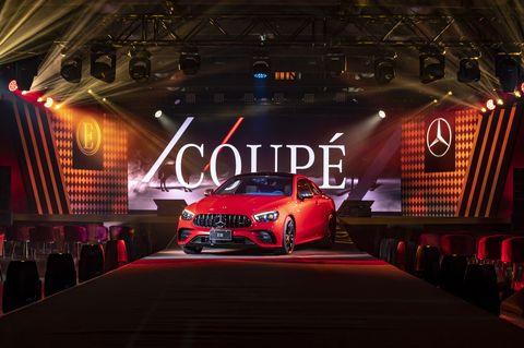 「老賓士」變「女神車」!2021 e class 全家族抵台上市,野紅車款曾被評選全球10大雙門轎跑