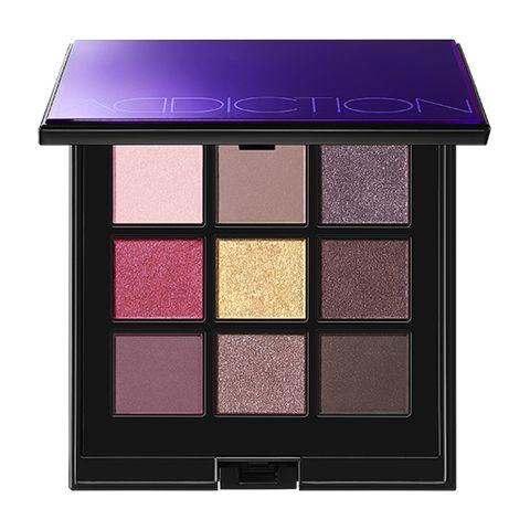 Violet, Eye shadow, Purple, Eye, Product, Beauty, Shadow, Organ, Cosmetics, Lilac,