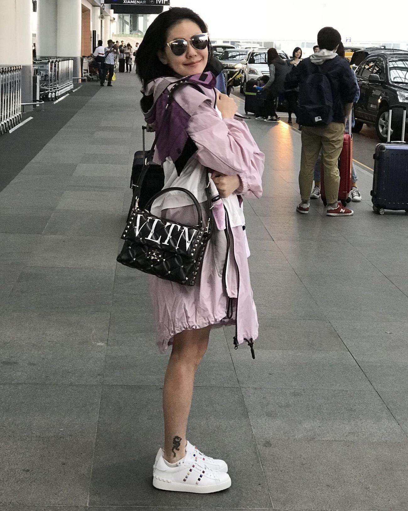 小S,機場穿搭,包包