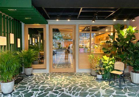 「店面打造粉紅香檳牆、融合夏威夷度假元素!」A Fabules Day在台北蓋一家熱帶度假風格咖啡廳