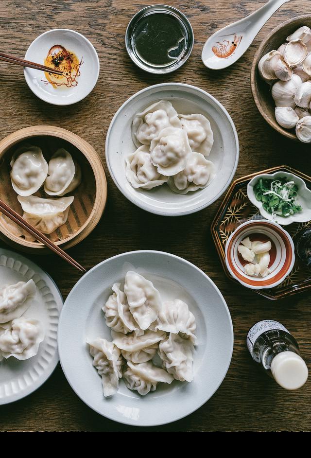 呷四季:從年頭到年尾,從青梅到虱目魚,與家鄉土地對話的台味料理 珠貝水餃