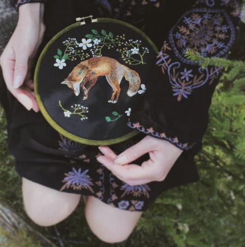 工藝控必看!立陶宛藝術家jūra gric用針線打造絕美森林系刺繡