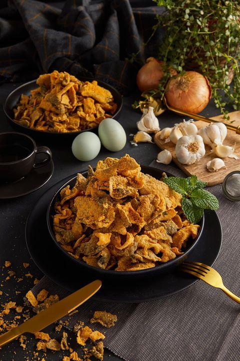 新加坡國民零嘴「鹹蛋黃魚皮」7-11獨家販售! 鹹香涮嘴「原味+辣味」同步限量上市