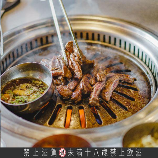 新村站著吃烤肉推出「秋夕慶典」活動
