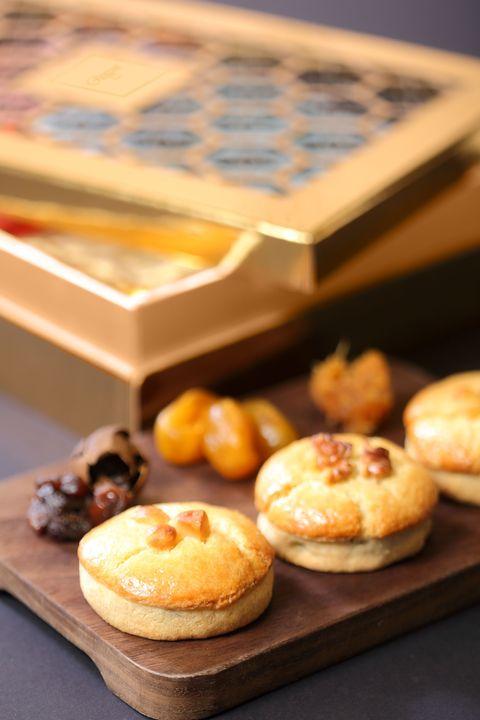 Dish, Food, Cuisine, Baking, Dessert, Baked goods, Ingredient, Finger food, Sweetness, Recipe,