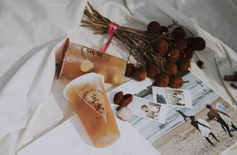 《萬波》清爽系飲品「大小吉荔」荔枝果肉搭配特製荔枝凍