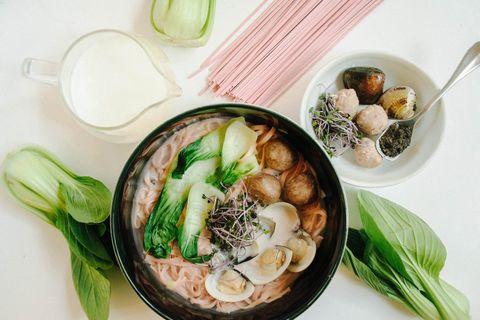 松露蛤蜊豆漿麵
